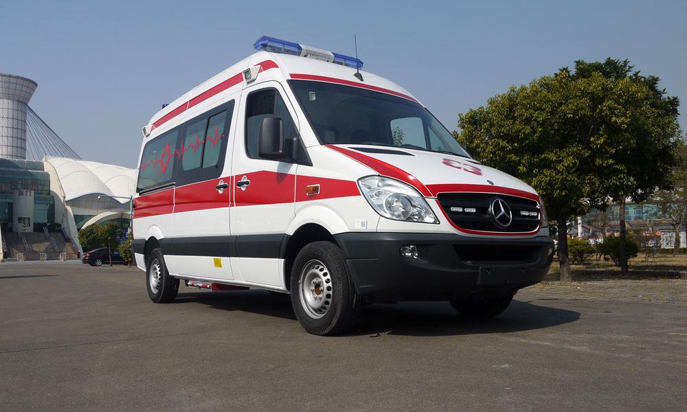 奔驰凌特324/315救护车
